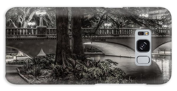 Galaxy Case featuring the photograph Navarro Street Bridge At Night by Steven Sparks