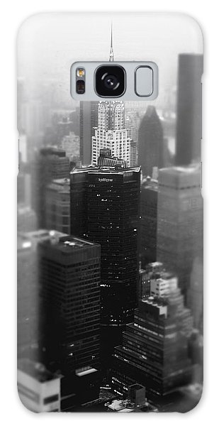 New York City - Fog And The Chrysler Building Galaxy Case