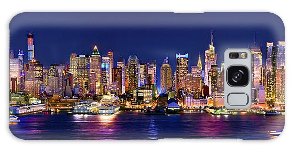 Skylines Galaxy S8 Case - New York City Nyc Midtown Manhattan At Night by Jon Holiday