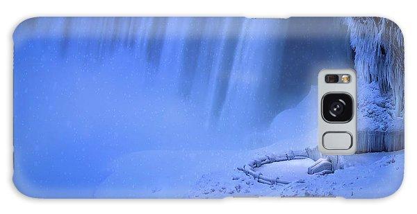 Shed Galaxy Case - Niagara Falls by Larry Deng