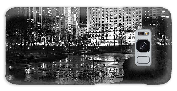 Night Central Park Lake H Galaxy Case