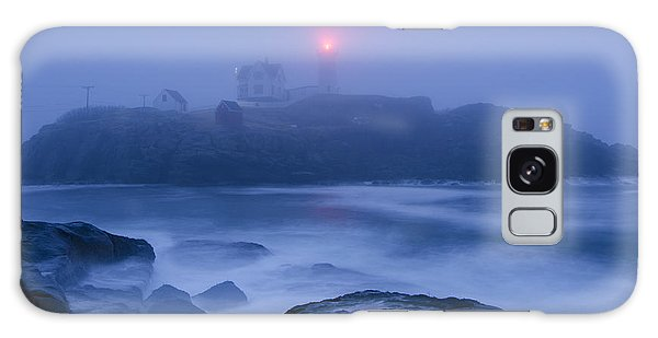 Nubble Light In Foggy Dawn Galaxy Case