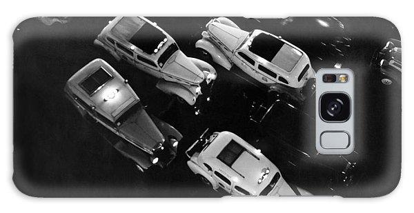 Motor City Galaxy Case - Ny Taxis On A Rainy Night by Underwood Archives