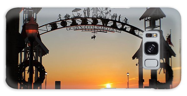 Ocean City Boardwalk Arch New Year Sunrise Galaxy Case