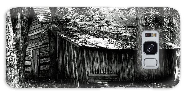 Old Barn In Georgia Galaxy Case