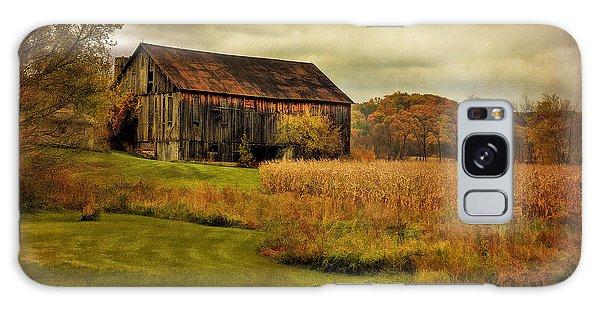 Old Barn In October Galaxy Case