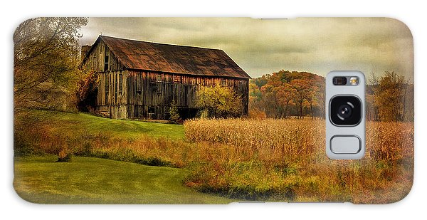 Old Barn In October Galaxy Case