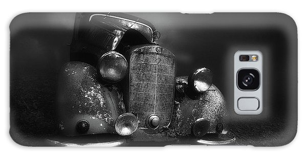 Vintage Cars Galaxy Case - Old Benz In The Fog by Holger Droste