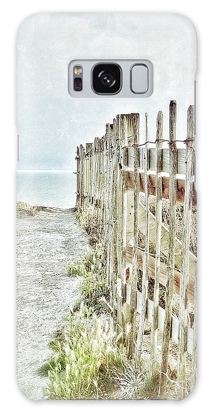 Old Fence To The Sea  Galaxy Case