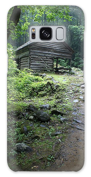Old Mountain Cabin Galaxy Case by Larry Bohlin
