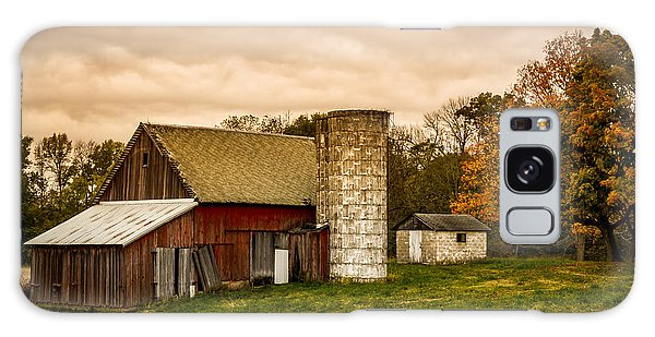 Old Red Barn And Silo Galaxy Case