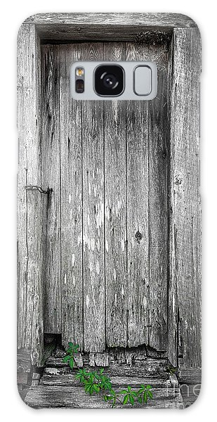 Old Shed Door Galaxy Case by Marion Johnson