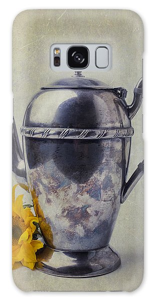 Sunflower Galaxy S8 Case - Old Teapot With Sunflower by Garry Gay