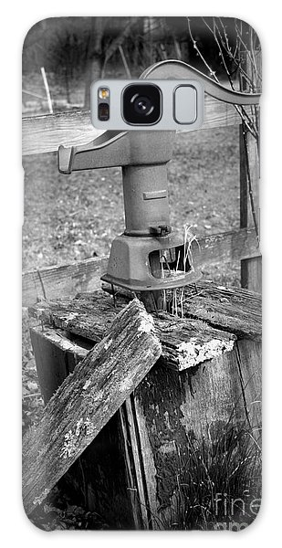 Old Water Pump Bw Galaxy Case