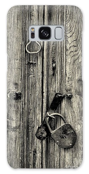 Old Weathered Door Galaxy Case