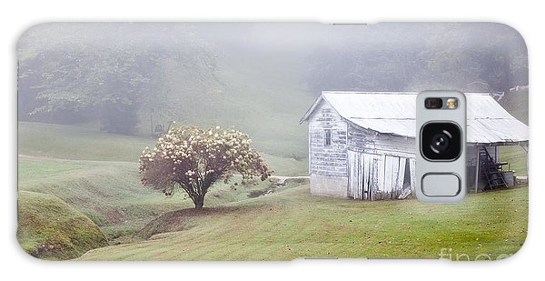 Old Weathered Wooden Barn In Morning Mist Galaxy Case