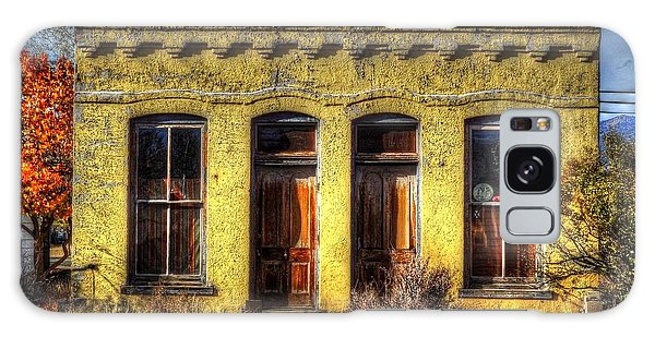 Old Yellow House In Buena Vista Galaxy Case