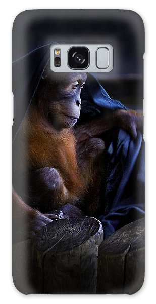 Orang Utan Youngster With Blanket Galaxy Case