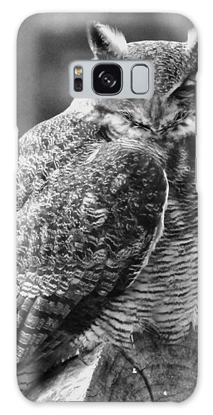 Owl In Black And White Galaxy Case