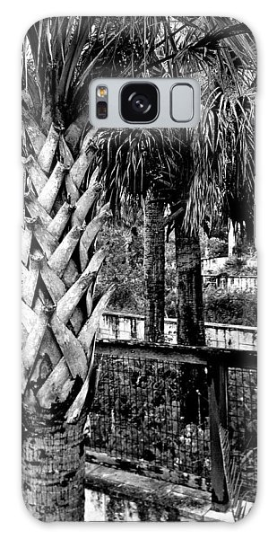 Palms And Walls In Black And White Galaxy Case