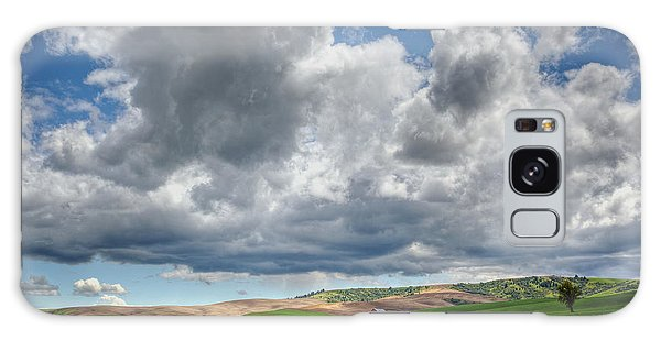 Palouse Country Barn With Storm Clouds Galaxy Case