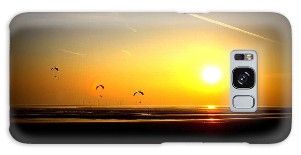 Paragliders At Sunset Galaxy Case