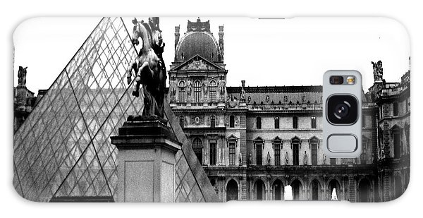 Paris Black And White Photography - Louvre Museum Pyramid Black White Architecture Landmark Galaxy Case