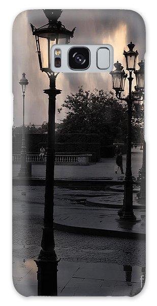 Paris Surreal Louvre Museum Street Lanterns Lamps - Paris Gothic Street Lamps Black Clouds Galaxy Case