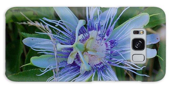 passion flower II Galaxy Case