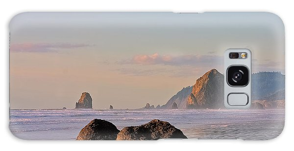 Pastel Haystack Rock Galaxy Case
