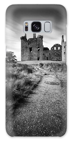Path To Kilchurn Castle Galaxy Case by Dave Bowman