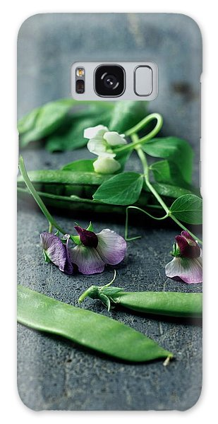 Pea Pods And Flowers Galaxy Case