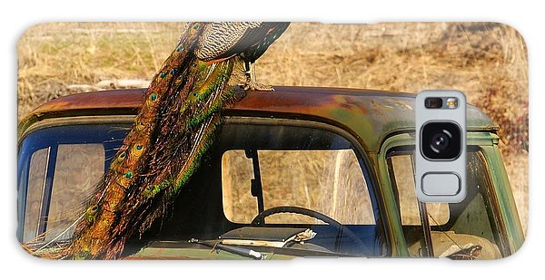 Peacock On Old Gmc Truck 3 Galaxy Case