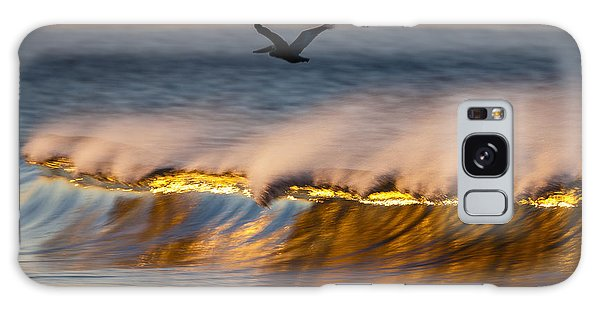 Pelican Over Wave  C6j9351 Galaxy Case by David Orias