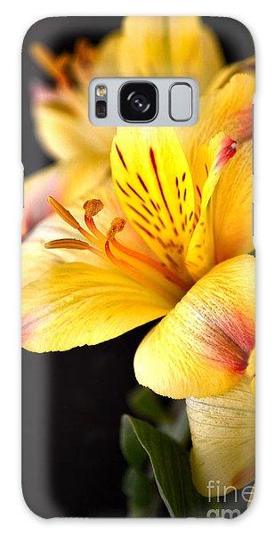 Peruvian Lily Galaxy Case