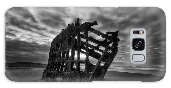 Peter Iredale Galaxy Case - Peter Iredale Shipwreck Black And White by Mark Kiver