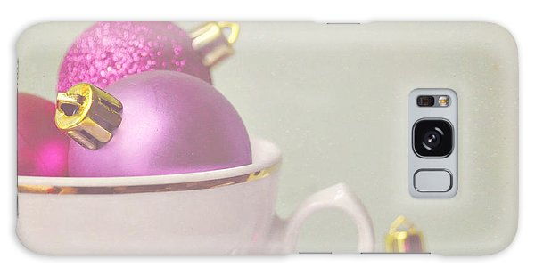 Pink And Gold Christmas Baubles In China Cup. Galaxy Case