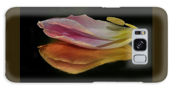 Pink Tulip Petal Reflected On Black Galaxy Case