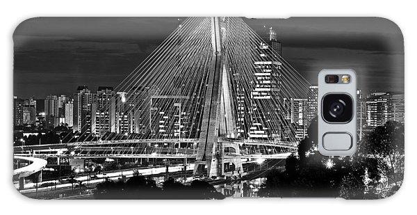 Sao Paulo - Ponte Octavio Frias De Oliveira By Night In Black And White Galaxy Case