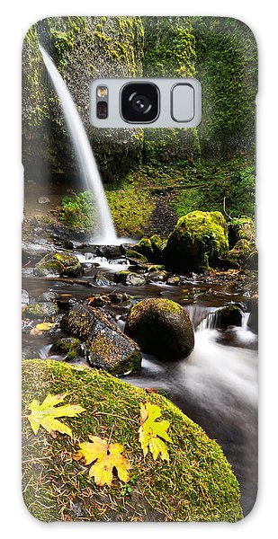 Ponytail Falls Galaxy Case