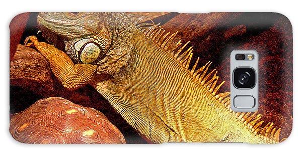Posing Iguana And Friend Galaxy Case