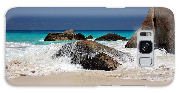 Praslin Island Waves Galaxy Case