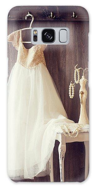 Style Galaxy Case - Pretty Dress by Amanda Elwell