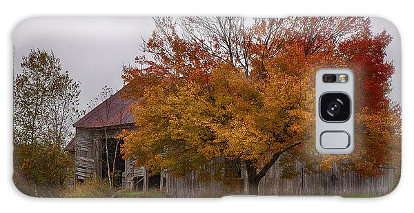 Rainbow Of Color In Front Of Nh Barn Galaxy Case by Jeff Folger