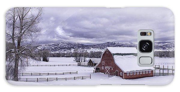 Red Barn At Lamb Ranch Galaxy Case