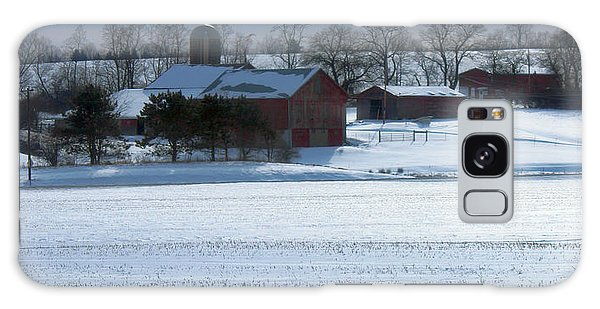 Red Barn In Snow Cover Galaxy Case