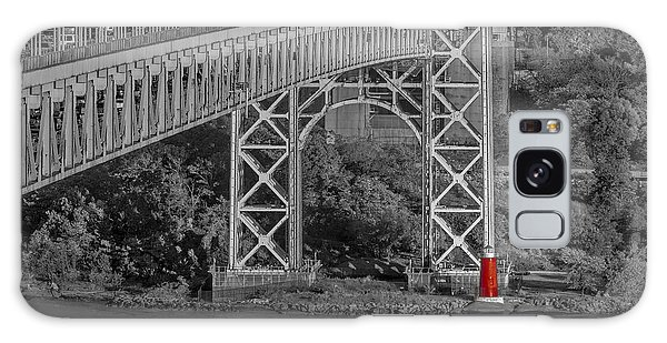 Red Lighthouse And Great Gray Bridge Bw Galaxy Case
