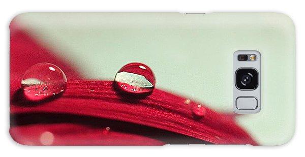 Red Petals Galaxy Case
