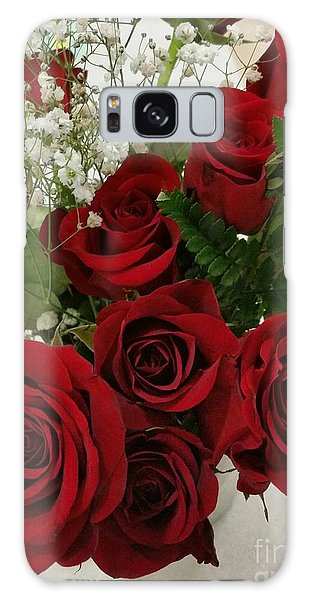 Red Roses Galaxy Case