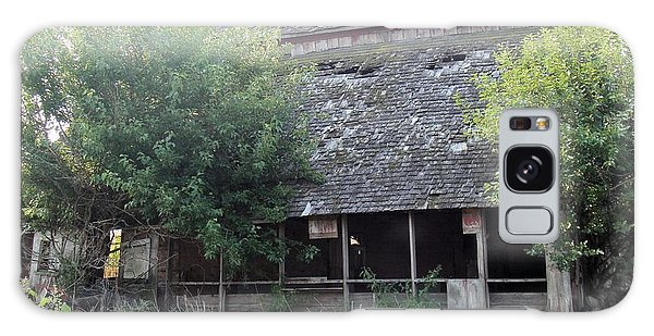 Galaxy Case - Retired Barn by Bonfire Photography